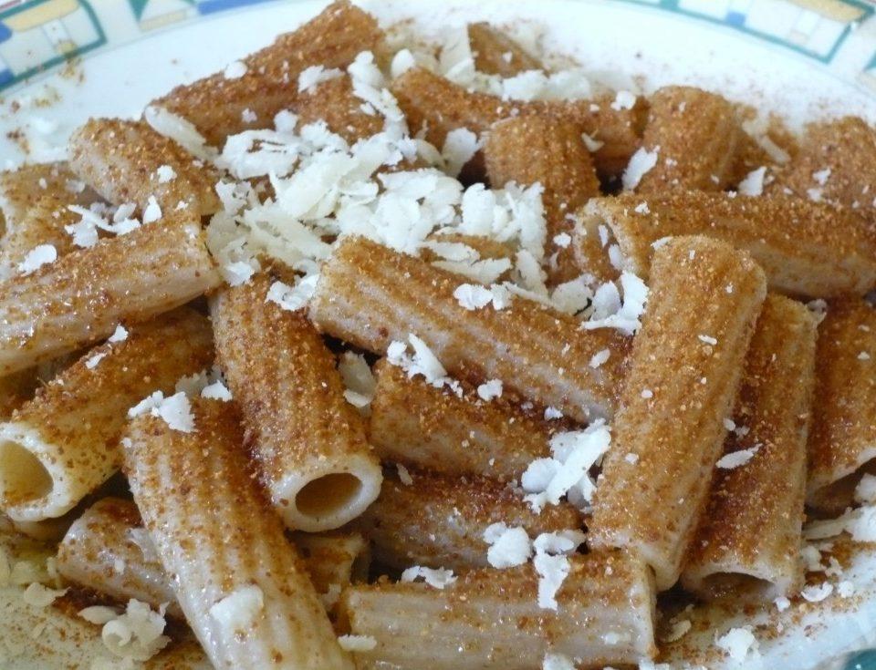 Rigatoni integrali bottarga e formaggio di fossa